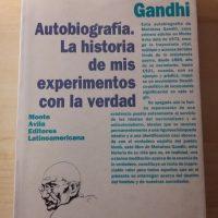 Gandhi_autobiografia_1